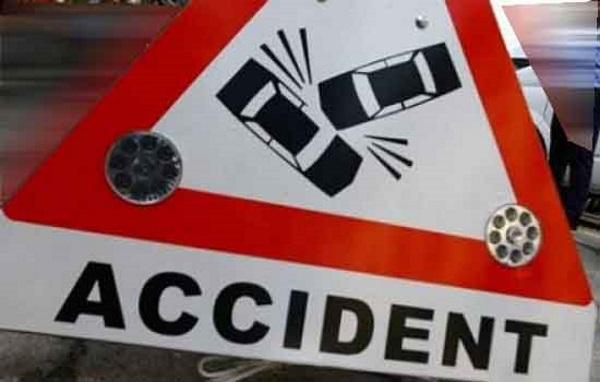 房车旅行意外-交通事故