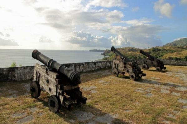 关岛历史悠久,适合来此一游。