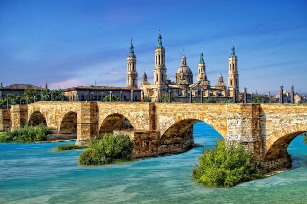 开房车游欧洲-萨拉戈萨石桥