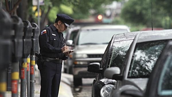 美国房车自驾-开罚单