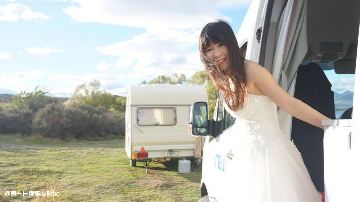房车旅行婚纱照