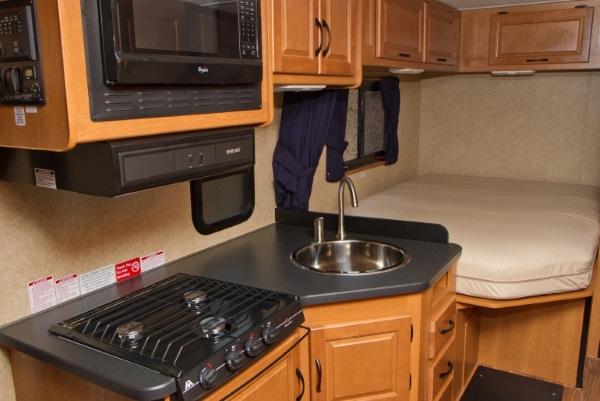 美加房车上的厨房