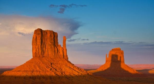 美国西部的风景-纪念碑谷纳瓦霍部落公园