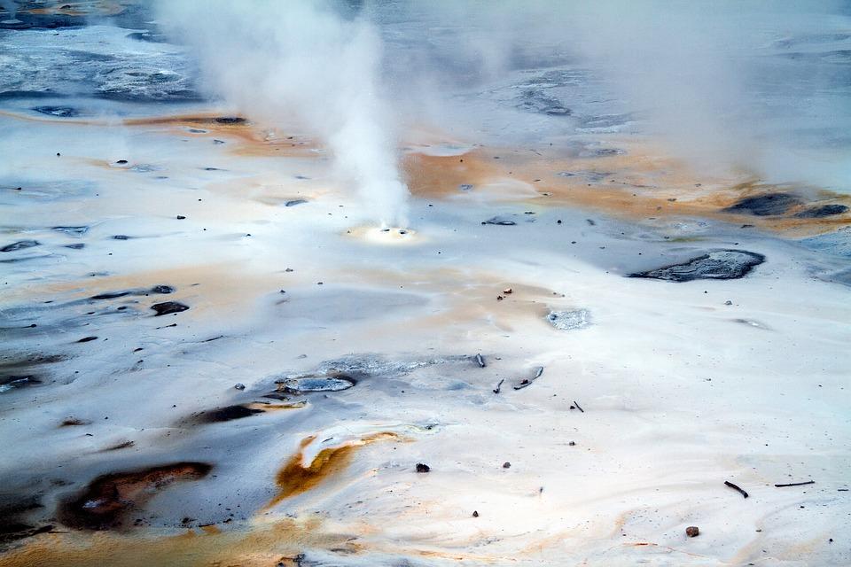 美国自驾-黄石公园的温泉