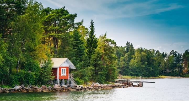 芬兰冬季堪称乐土,夏季可为天堂,任君自选!