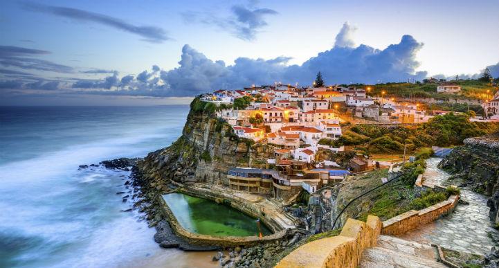葡萄牙为游客们提供丰富多彩的游览机会。