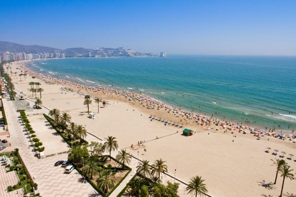 西班牙自驾路线-瓦伦西亚平直的海岸线