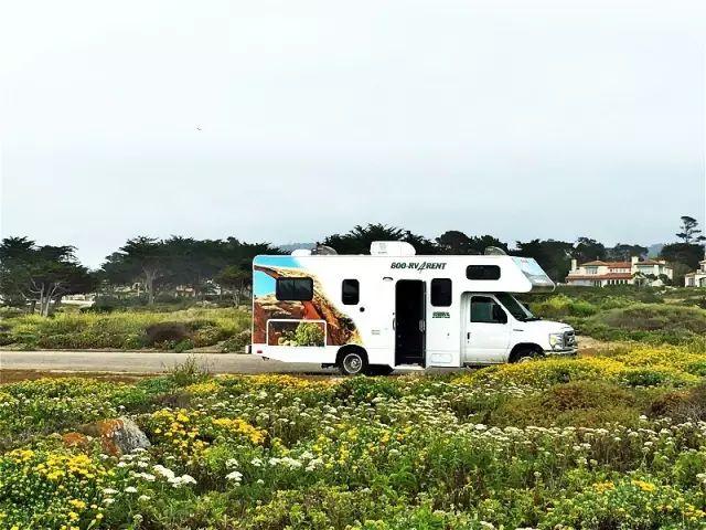 美国房车自驾游露营