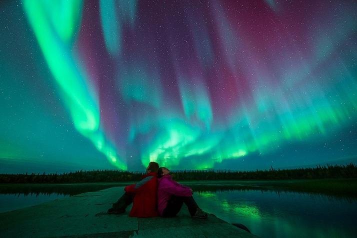 加拿大房车自驾北极光