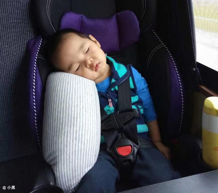 儿童安全座椅房车旅行