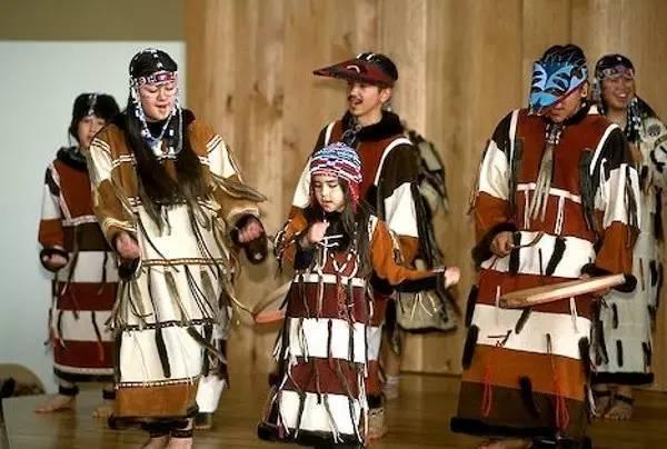 阿拉斯加土著爱斯基摩人