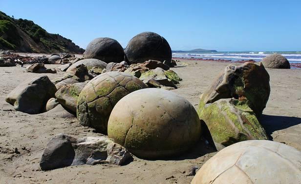 摩拉基巨石大圆石
