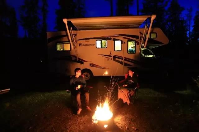加拿大国家公园营地-施瑶