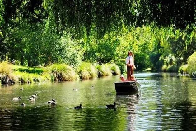 基督城雅芳河