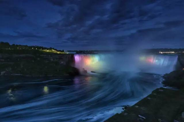 加拿大瀑布城