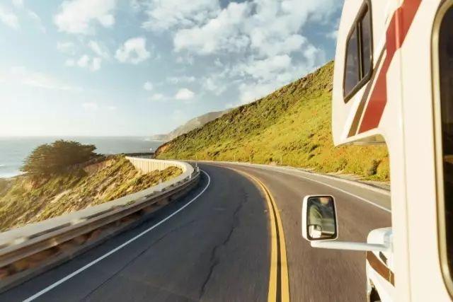 房车自驾游公路旅行