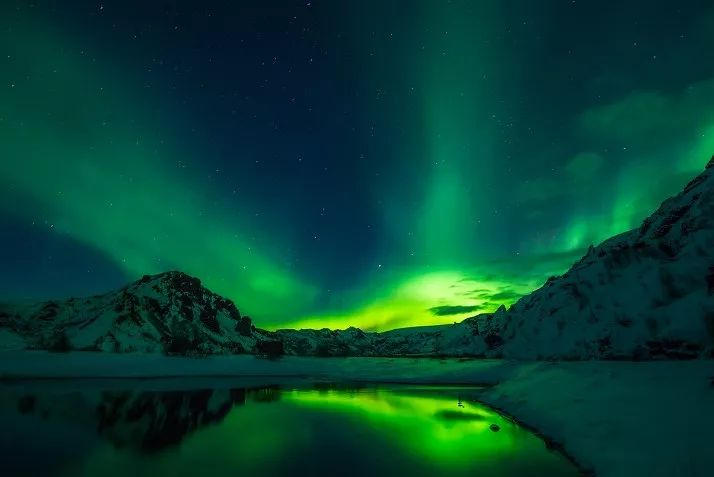 冰岛房车自驾看北极光