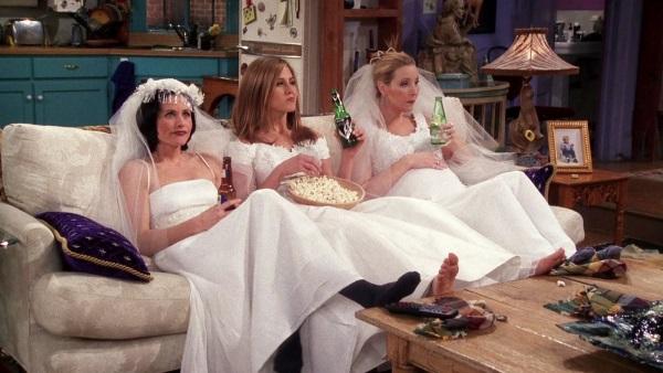 女人都喜欢婚纱