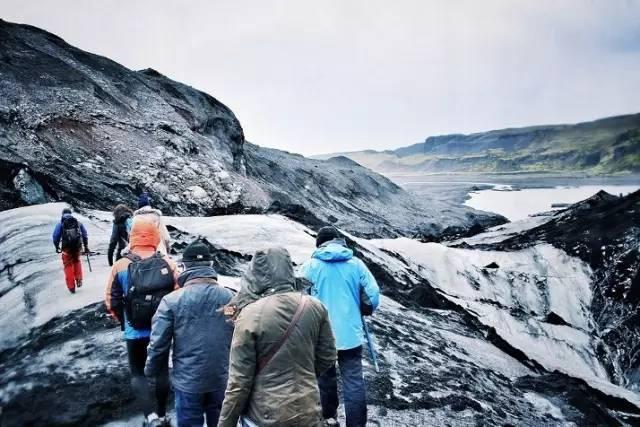 冰岛冰川徒步