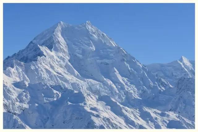 新西兰冬天雪山