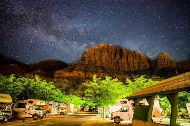 锡安国家公园营地过夜