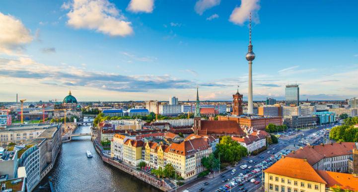 德国的首都柏林,这里是休闲娱乐的胜地,同时也有其风景靓丽,仪态万方的一面。