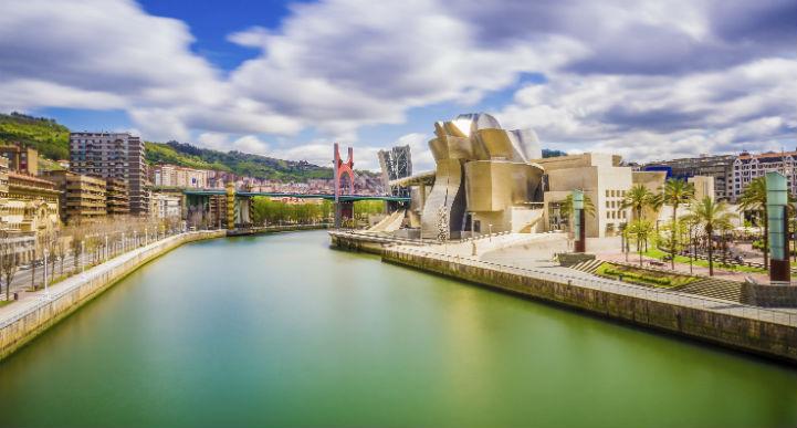 毕尔巴鄂(Bilbao)是世界现代艺术和建筑的热门目的地之一。