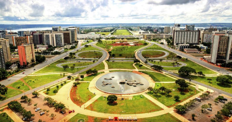 alquiler coche Brasilia