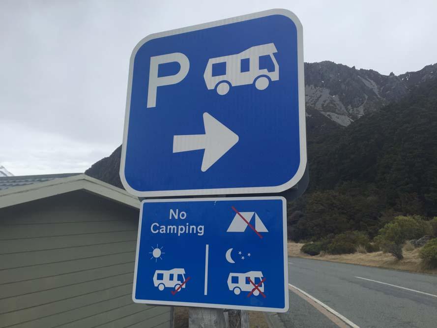 Panneau de stationnement pour camping-car