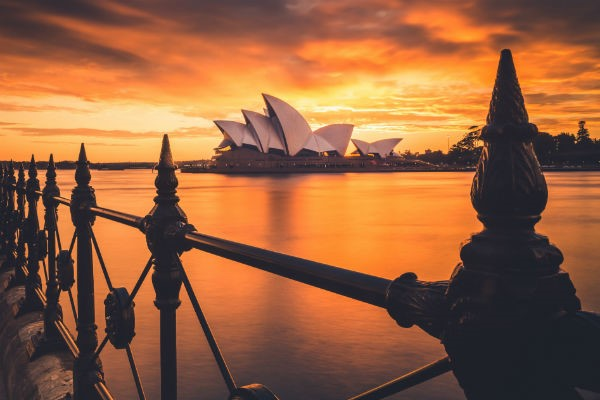 Sydney is one of the world's top tourism destinations - and with a Sydney motorhome hire, the whole of Australia is your oyster.