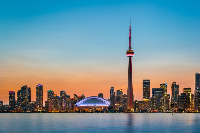De zonsondergang in Toronto