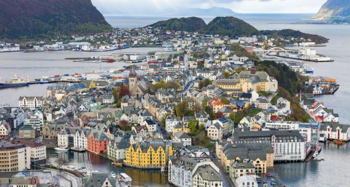 Alesund isn't one of Norway's largest cities, but it is amongst the most beautiful.