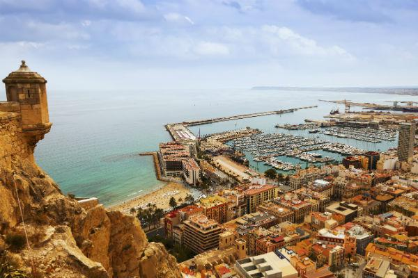 Alicante isn't a challenging place to drive, although it can get a little busy on the roads in summer time.