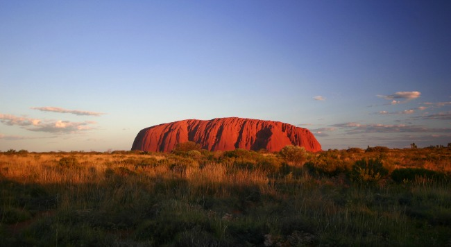 ayers rock, car rental