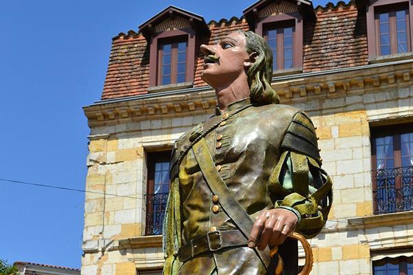 A Cyrano de Bergerac statue in Bergerac, France