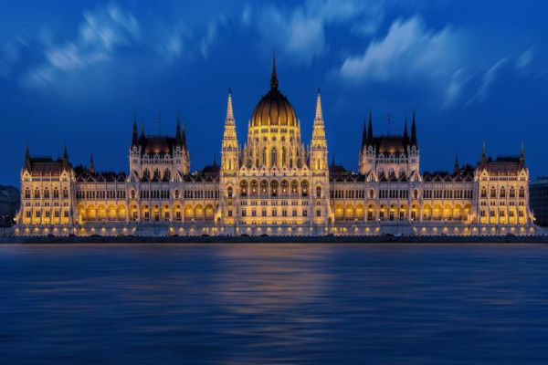 The majestic hungarian parliament in Budapest.