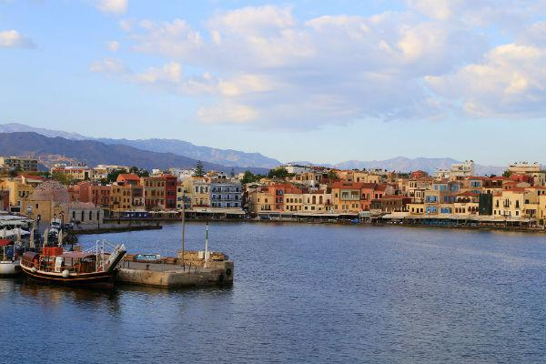 Chania traffic can sometimes get a little hectic during peak season, but generally it should be smooth sailing.