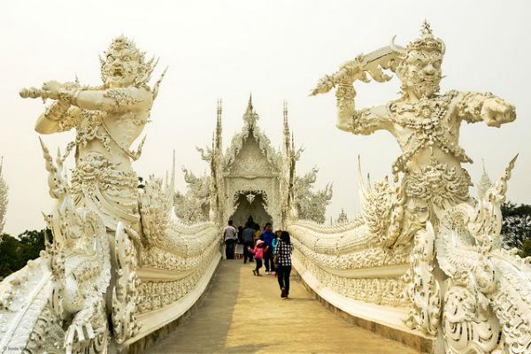 The visually entrancing White Temple in Chiang Rai is an essential attraction for any Thailand traveller.