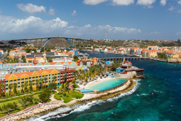 Curacao is the perfect place for a relaxing vacation.