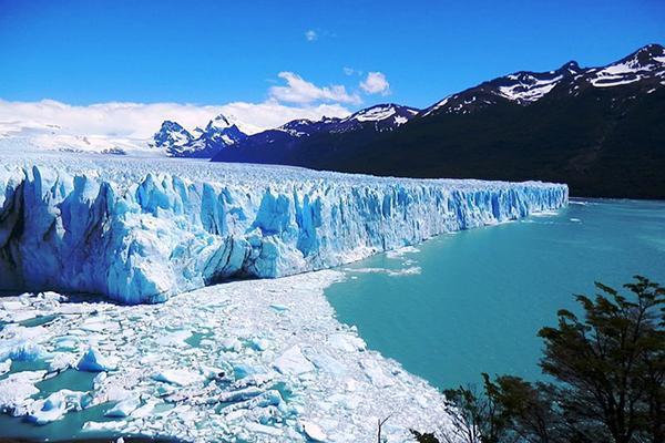 The beautiful and blue Perito Moreno Glacier, near El Calafate, Argentina
