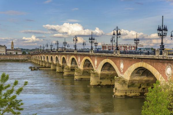 Booking a GPS system along with your Bordeaux car rental will allow you to take your mind off of navigation and just enjoy the views.