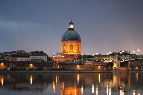 Toulouse is relatively easy to find your way around in a rental car.