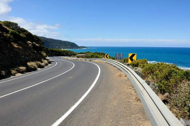 Beschreibung: great_ocean_road_scenic_victoria_australia_full.jpg