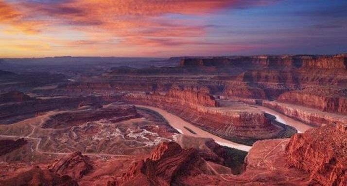 美国房车自驾路线推荐峡谷地国家公园