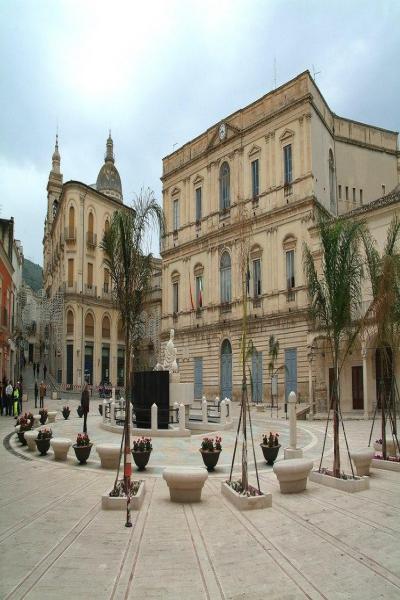 Piazza Fonte Diana, Comiso, Sicily, Italy