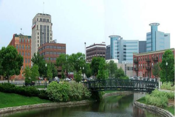 Looking at downtown Kalamazoo with the Radisson Plaza hotel in the background.