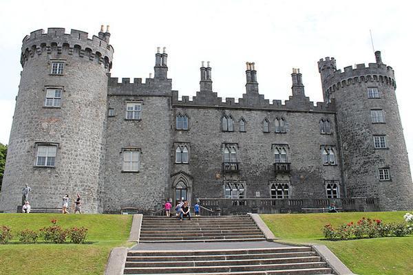 Kilkenny Castle looking mighty in Ireland