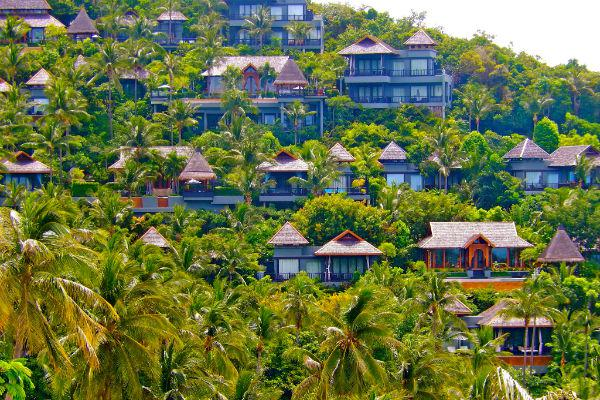 Koh Samui isn't a very large island so you shouldn't have any difficulty getting from place to place.