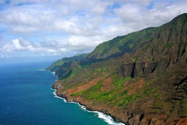The Napali coast on Kauai is stunning