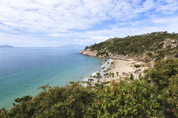 Don't forget to head to Magnetic Island for a fun day's outing.